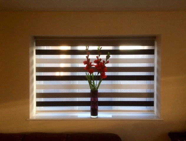 Easycare Blinds Shutters Awnings Amp Blinds In South East